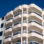 J-REIT投資とマンション投資は、どう違うのか?