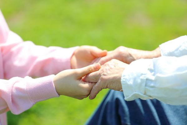 不動産会社、住宅メーカーが次々進出する「介護サービス」