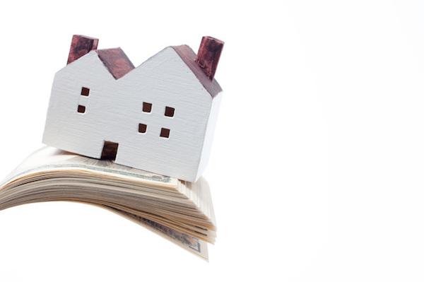 不動産賃貸トラブル 家賃を滞納し、行方不明になった入居者にどう対処するか