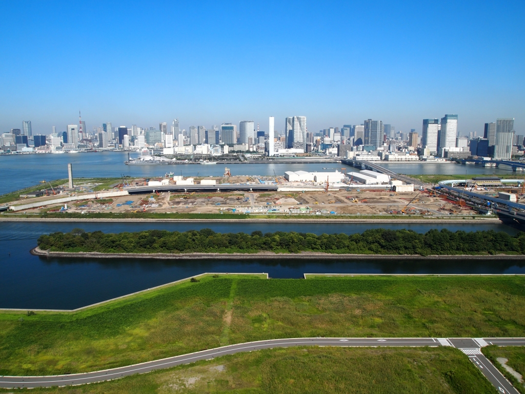 View over the Tokyo bay on a clear day.